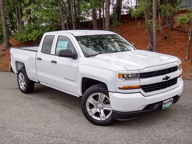 new 2017 chevrolet silverado 1500 custom 4d double cab in aiken c52815 master chevrolet cadillac. Black Bedroom Furniture Sets. Home Design Ideas